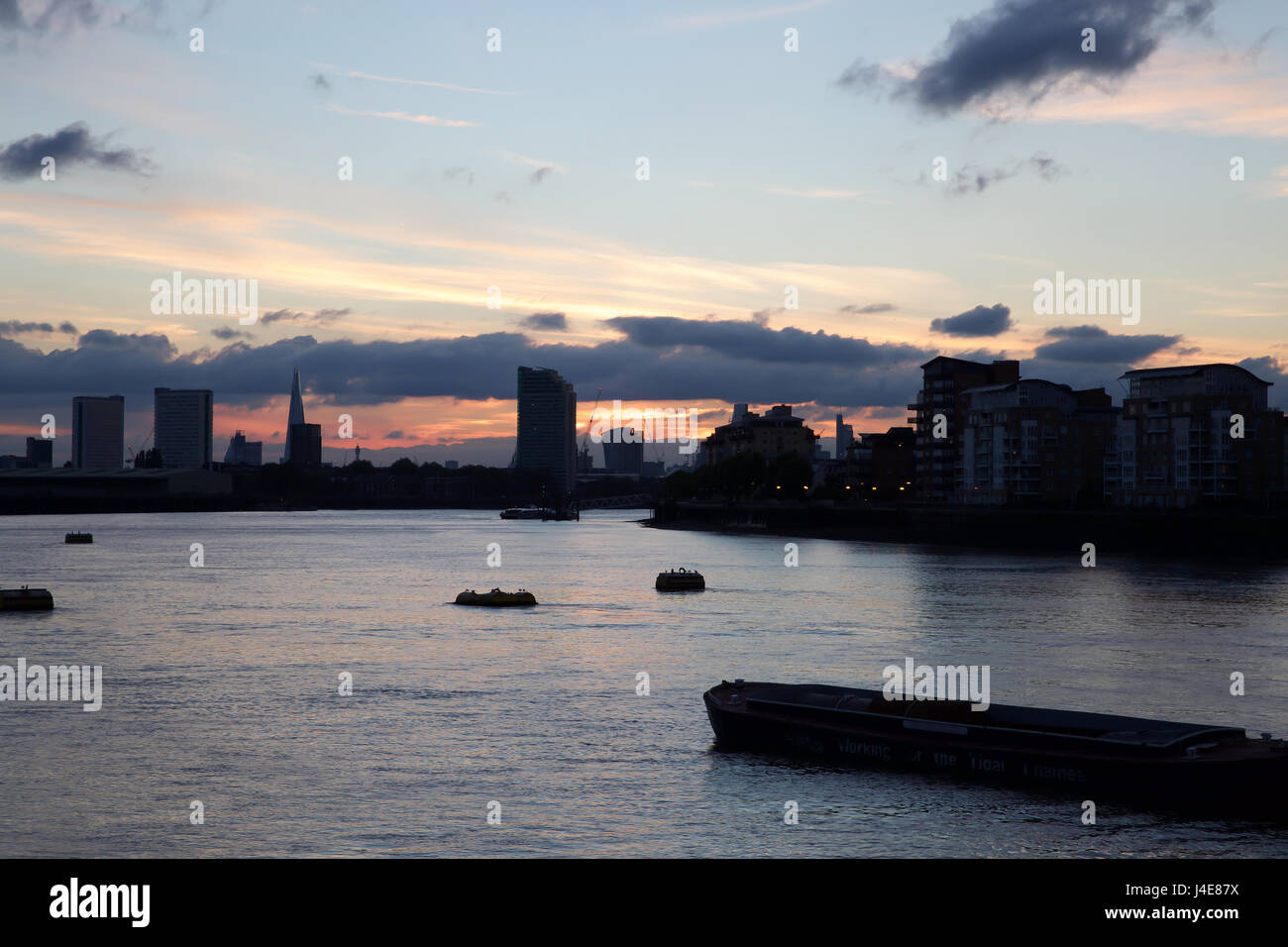London, UK. 12th May, 2017. Weather, UK, Sunset in Greenwich London Credit: Keith Larby/Alamy Live News - Stock Image