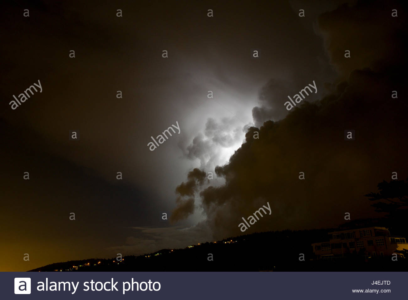 Lightning storm over St. Louis Ridge, Honolulu, Oahu, Hawaii, USA Stock Photo