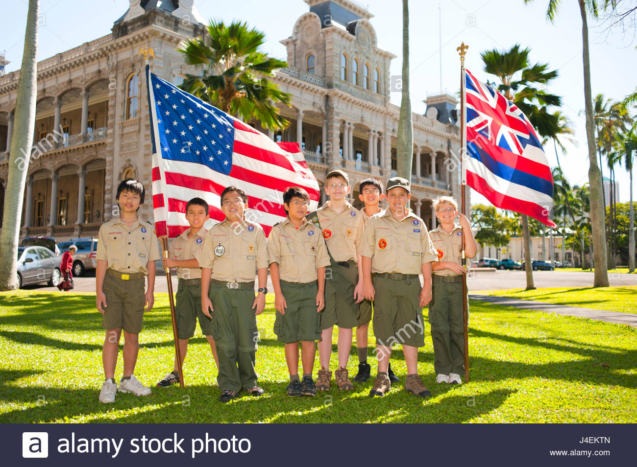 Group of Boy Scouts in front of Iolani Palace celebrating the 100 year anniversary for the Boy Scouts of America, - Stock Image