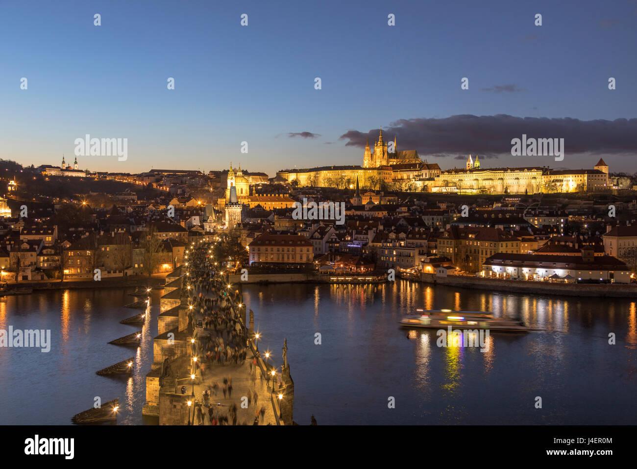 Vltava River and Charles Bridge at dusk, UNESCO World Heritage Site, Prague, Czech Republic, Europe - Stock Image