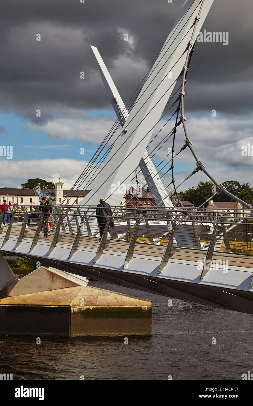 Peace Bridge, across the River Foyle, Derry (Londonderry), County Londonderry, Ulster, Northern Ireland, United - Stock Image