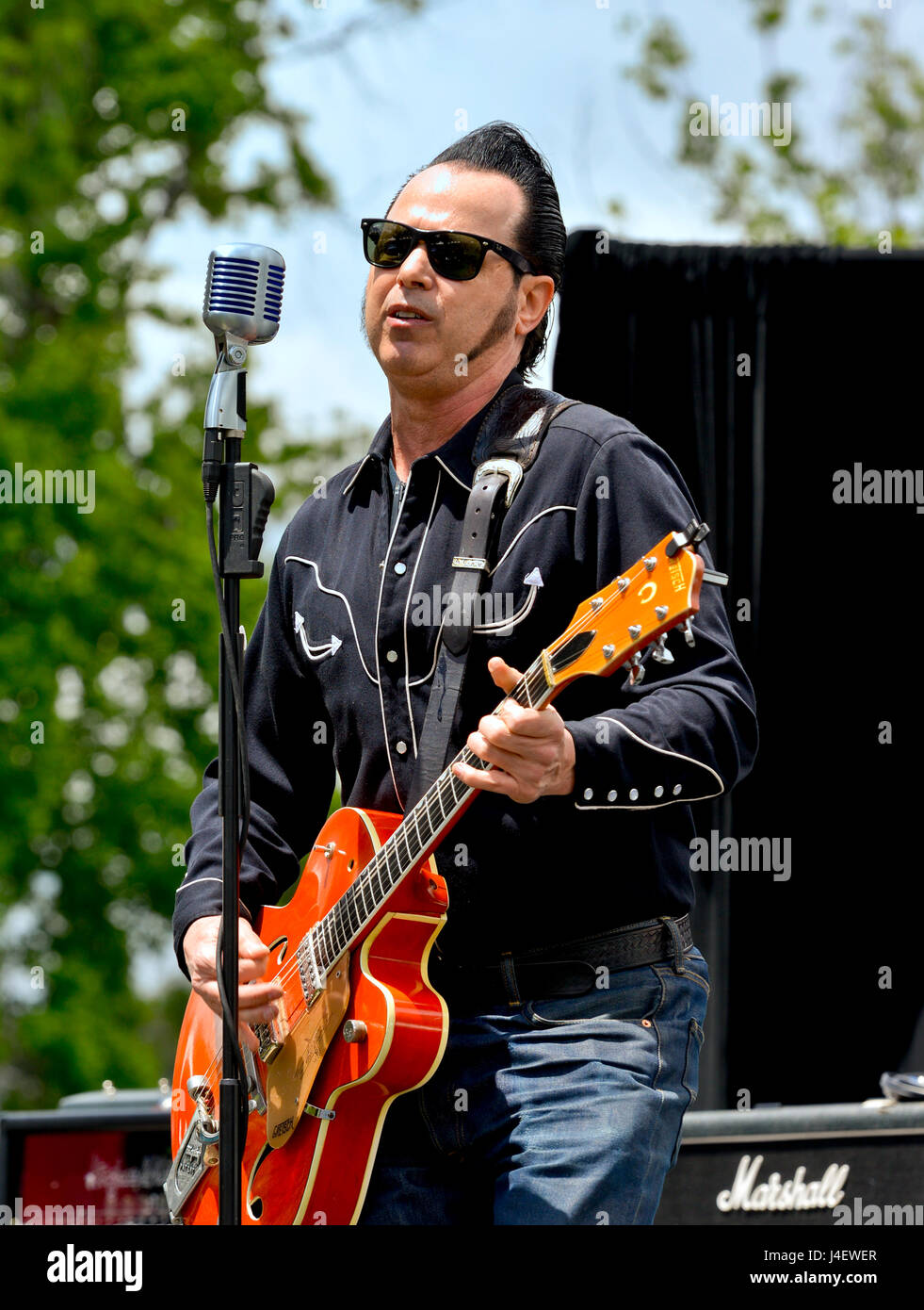 Encino California, May 7, 2017 - The Loveless/Ernie perform at Ride for Ronnie, 3rd Annual charity motorcycle ride - Stock Image
