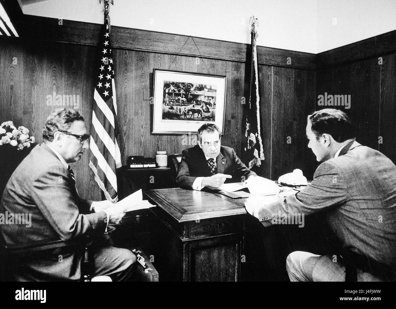Kissinger with President Richard Nixon, discussing Vietnam situation in Camp David, 1972. - Stock Image