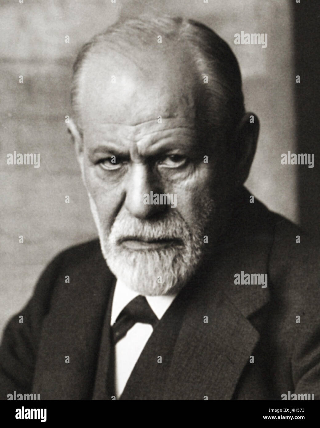 Sigmund Freud 1926 (cropped) - Stock Image