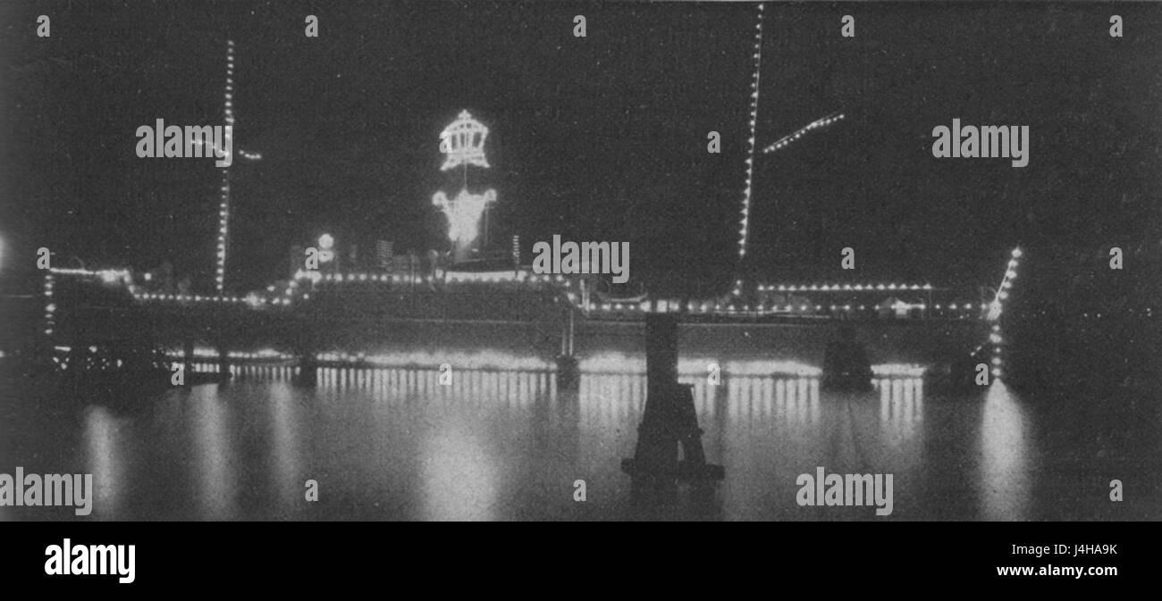 SMS Pelikan (1890) illuminiert - Stock Image