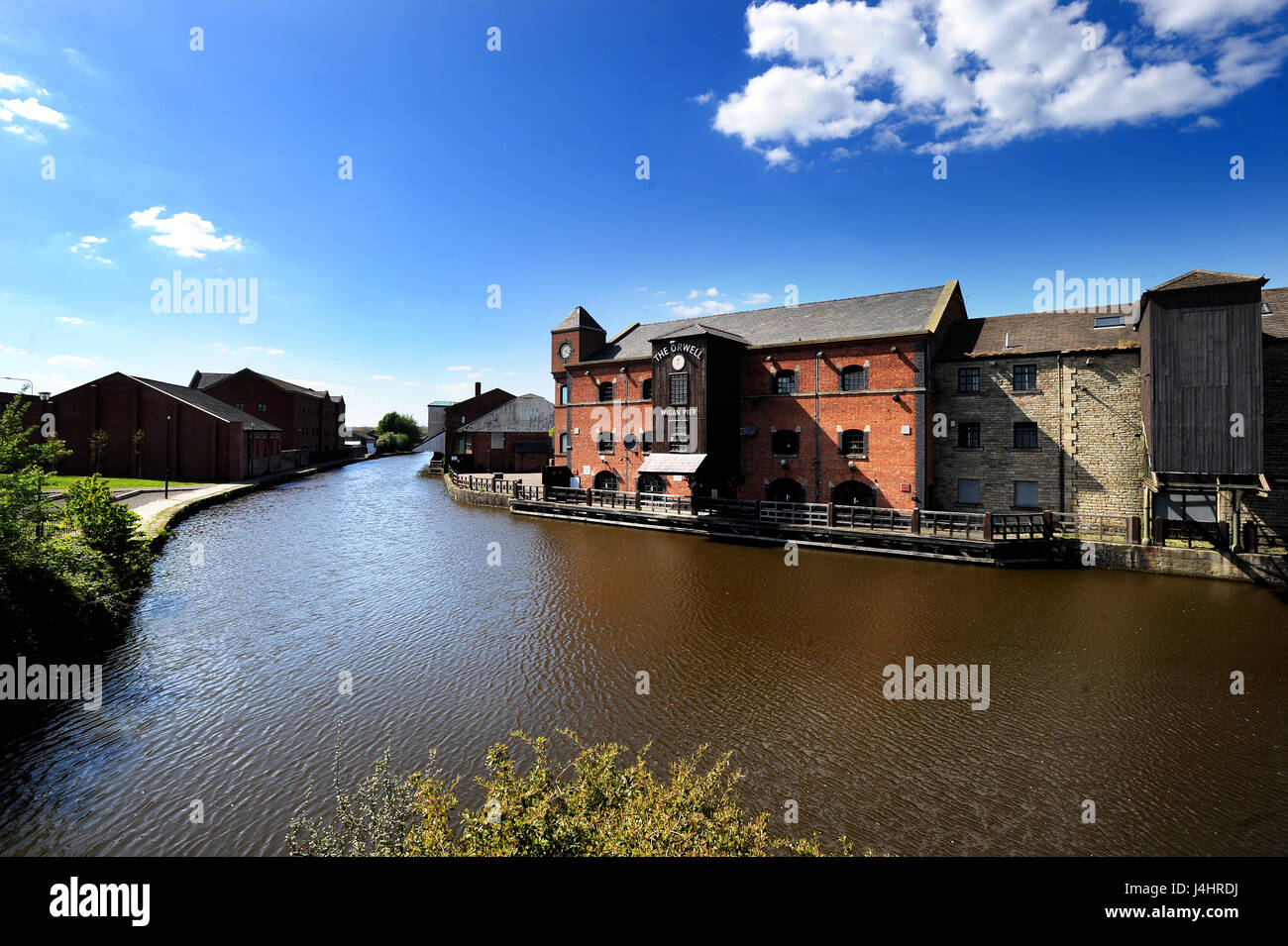 View of Wigan Pier on the Leeds and Liverpool Canal, Wigan. Picture by Paul Heyes, Friday May 05, 2017. - Stock Image