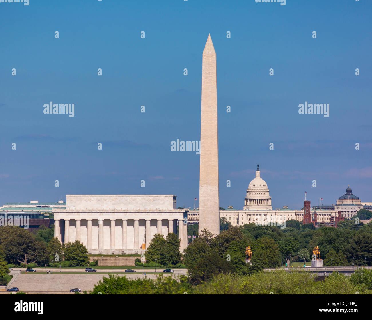 WASHINGTON, DC, USA - Skyline of Lincoln Memorial, Washington Monument, U.S. Capitol building and dome (L-R). - Stock Image