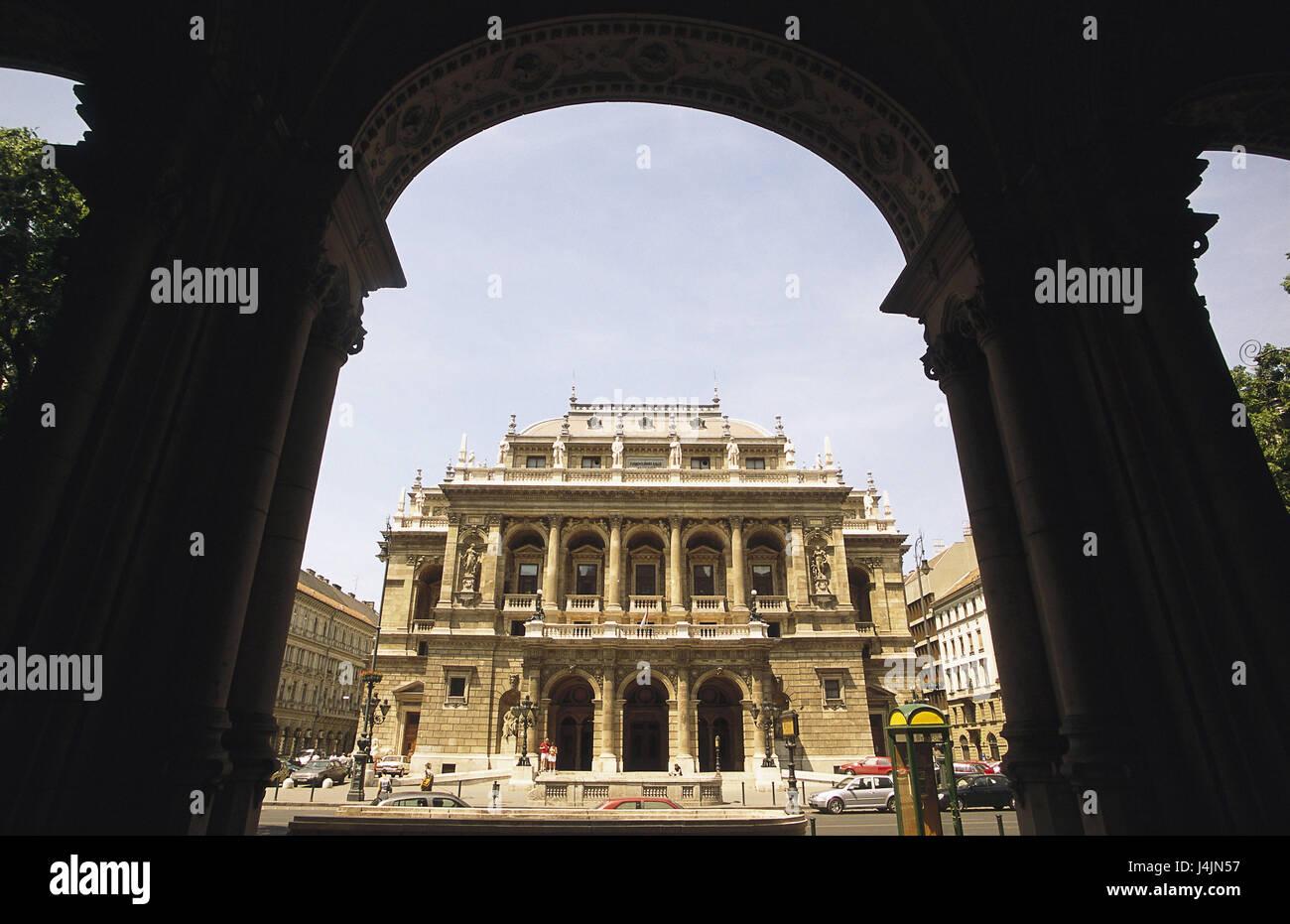 Hungary, Budapest, opera-house, silhouette, arcade Europe, Magyarország, Magyar Köztársaság, - Stock Image