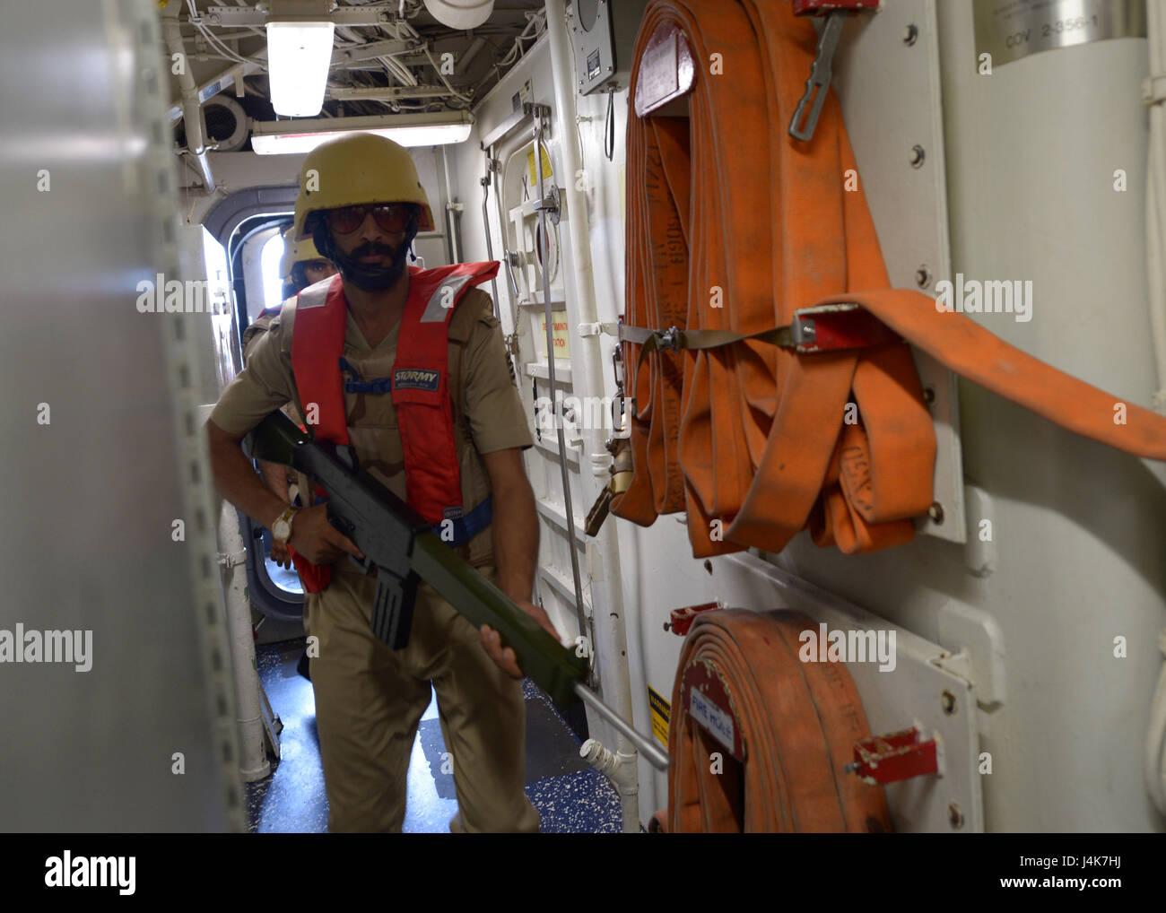 {170503-N-VC432-0045} ARABIAN SEA, Saudi Arabia (May 03, 2017) –A Royal Saudi Navy visit, board, search and seizure - Stock Image