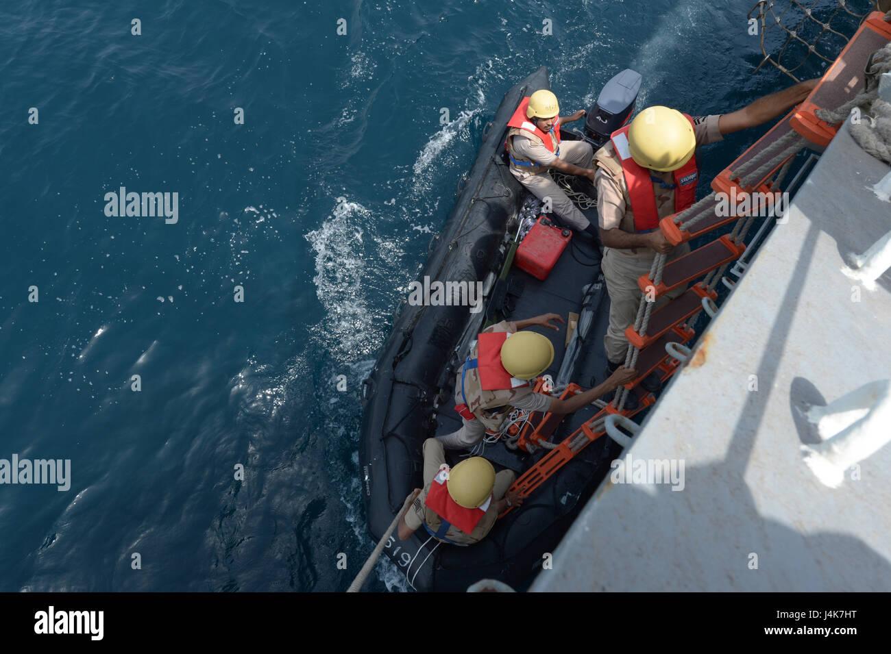 {170503-N-VC432-0137} ARABIAN SEA, Saudi Arabia (May 03, 2017) - A Royal Saudi Navy visit board search and seizure - Stock Image