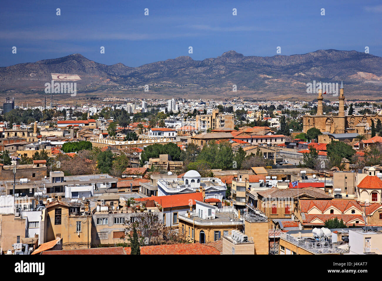 View of both sides of Nicosia (Lefkosia), the last divided capital of the world from Shacolas (or 'Siakolas') - Stock Image