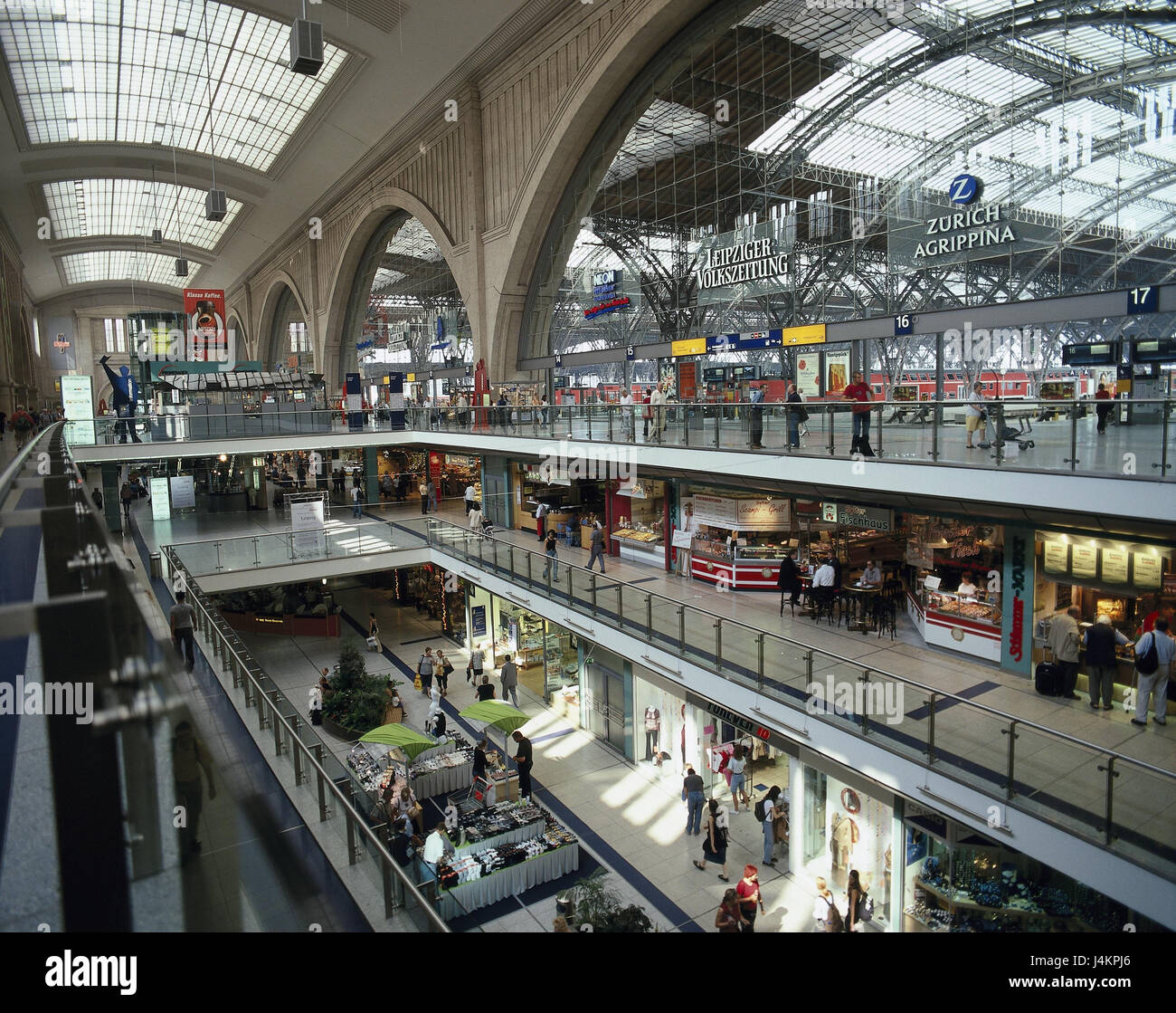 Germany, Saxony, Leipzig, central station, 'promenades', shopping arcade, passer-by town, centre, space - Stock Image