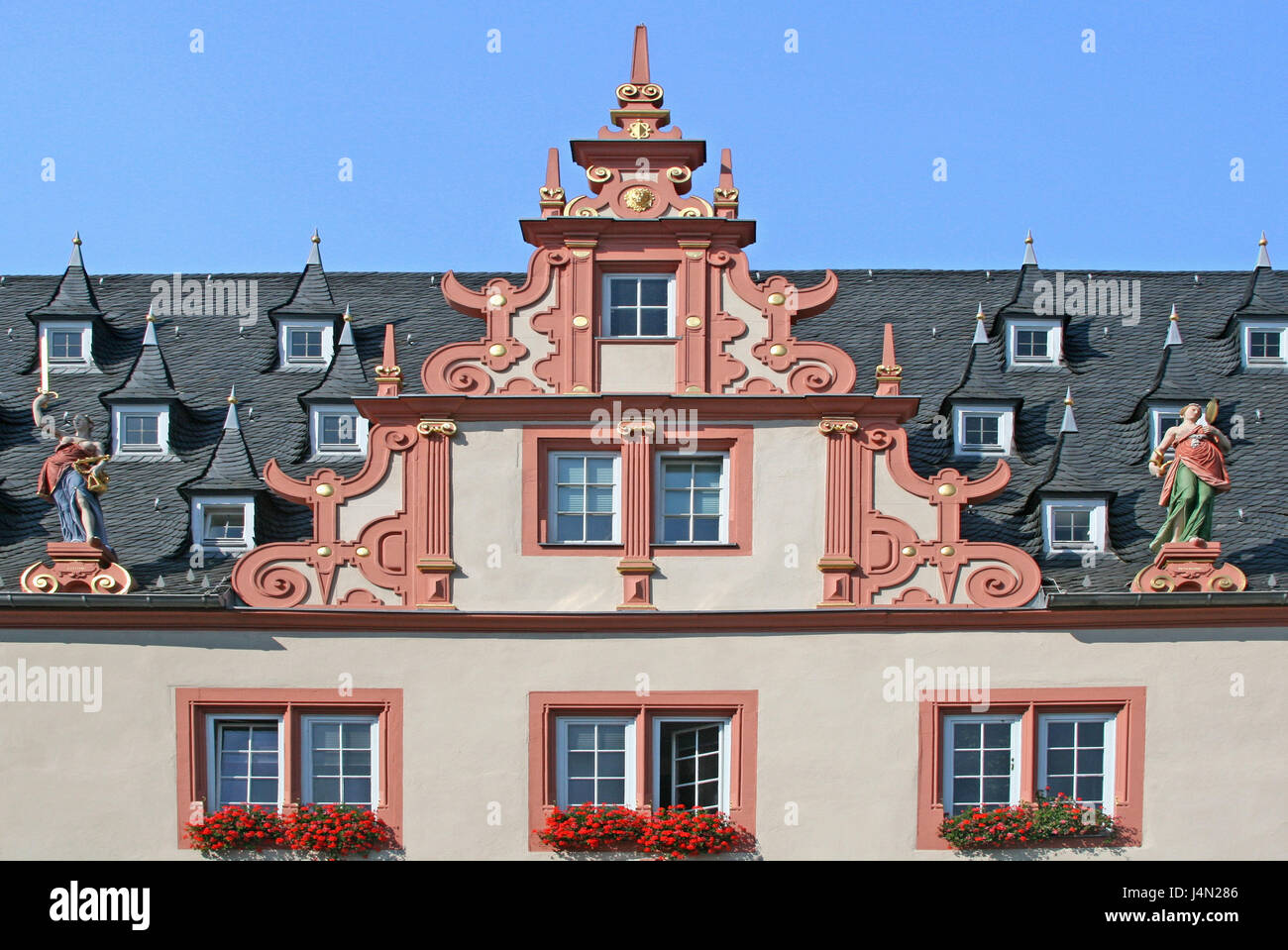 Germany, Hessen, Groß-Umstadt, Renaissance city hall, gable, sky, blue, town, Old Town, mark square, city hall, - Stock Image