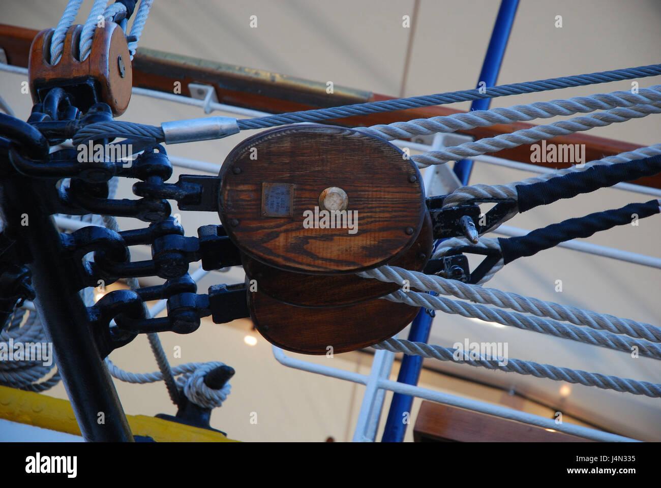 Sailing ship, tackles, ropes, block, sail school ship Gorch foresail, medium close-up, detail, - Stock Image