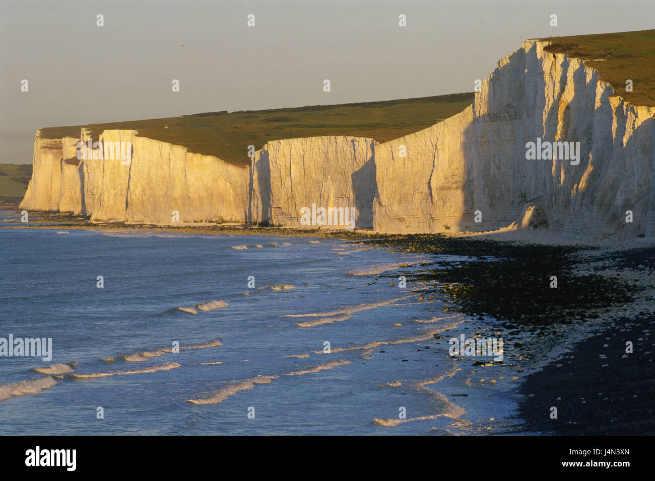 Great Britain, England, Sussex, Eastbourne, Seven Sisters, Beachy Head, rock, beach, evening light, - Stock Image