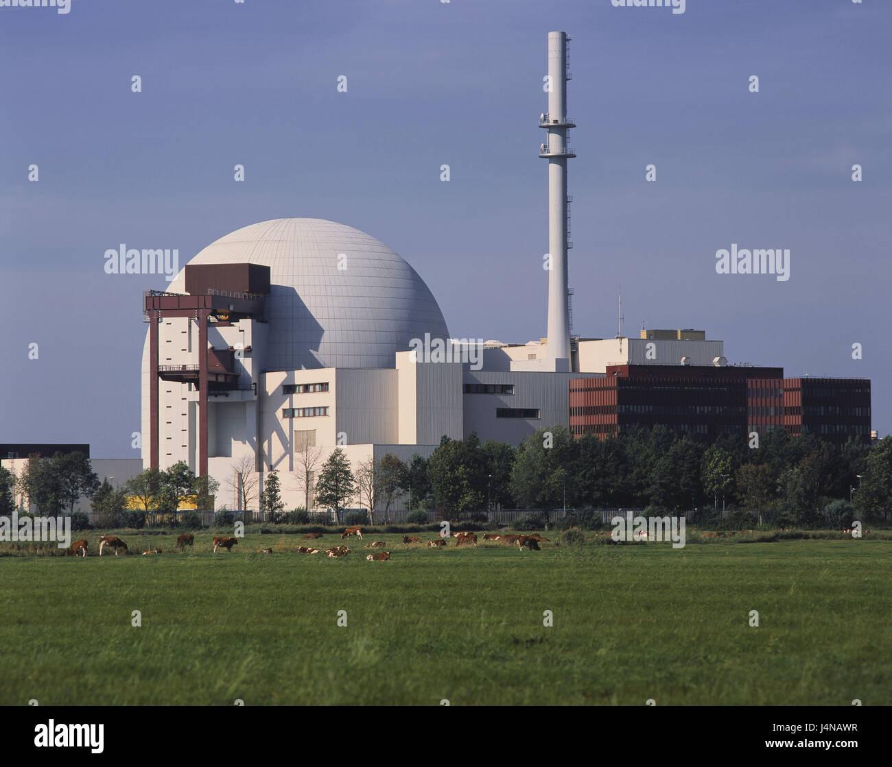 Germany, Schleswig - Holstein, Brunsbuttel, nuclear power plant village Brok, North Germany, atomic power station, - Stock Image