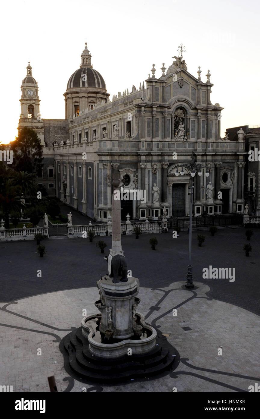 Italy, island Sicily, Catania, Piazza del Duomo, cathedral, sunrise, - Stock Image