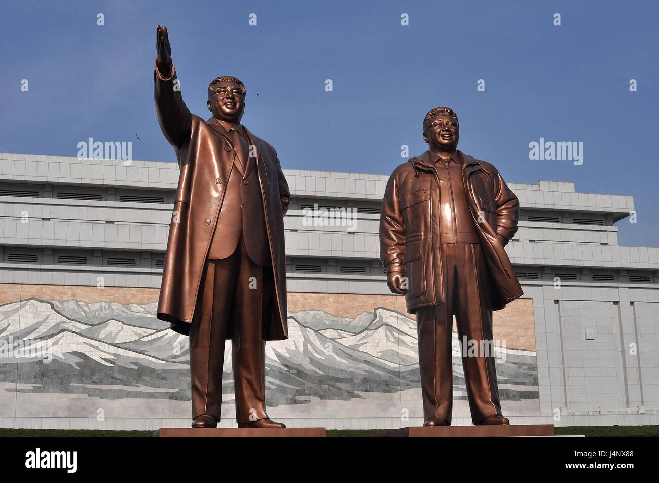 Mansudae Grand Monument, Kim Il-Sung and Kim Jong-Il. Grandfather and father of Dear Leader - Stock Image