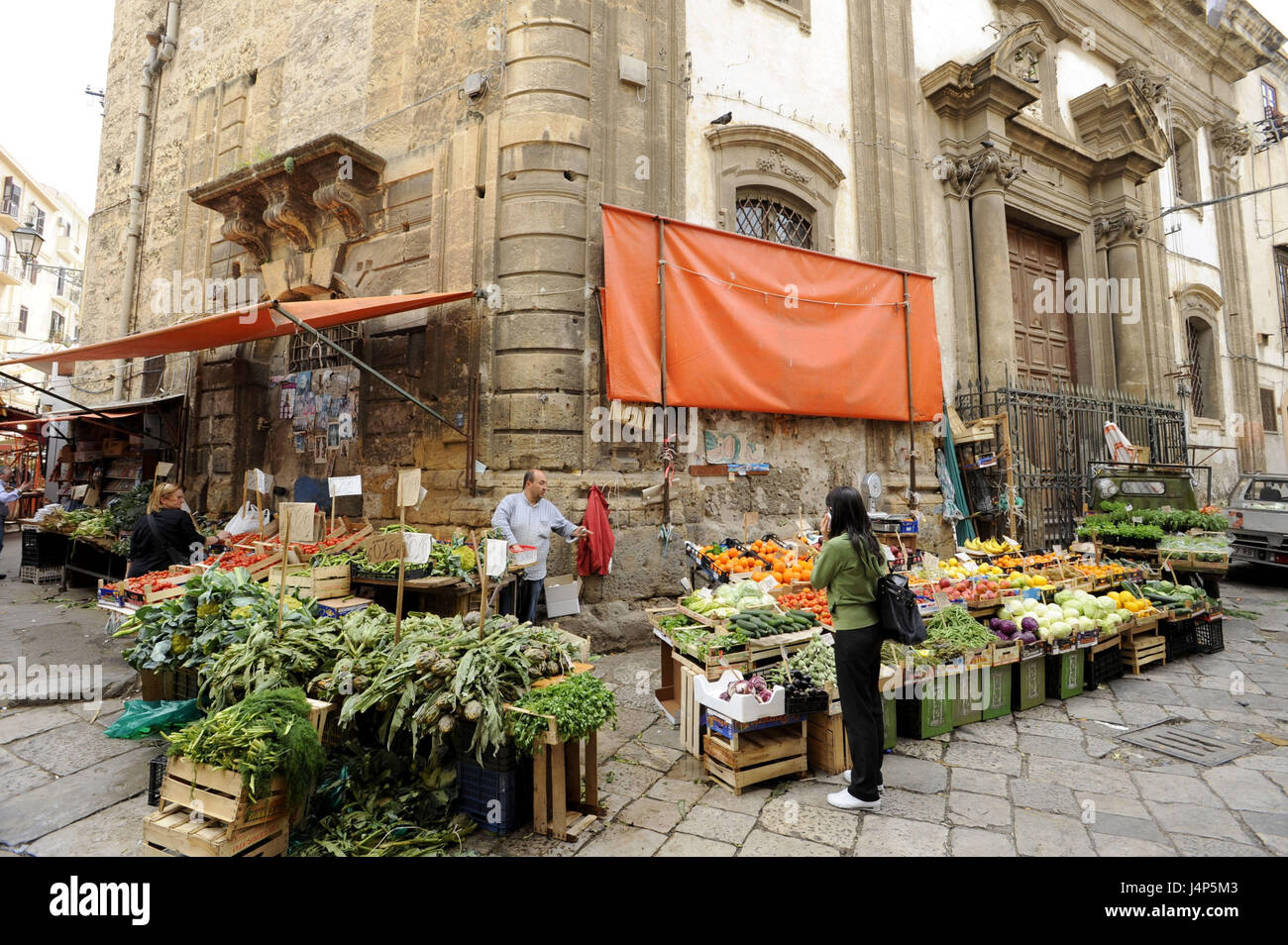 Italy, island Sicily, Palermo, Piazza Ballaro, market, - Stock Image