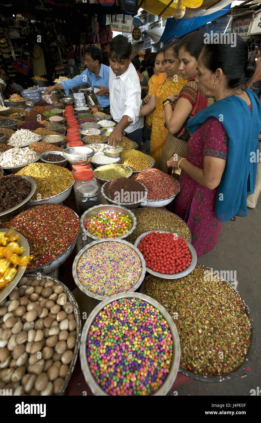 India, Gujarat, Ahmedabad, Manek Chowk, market, - Stock Image