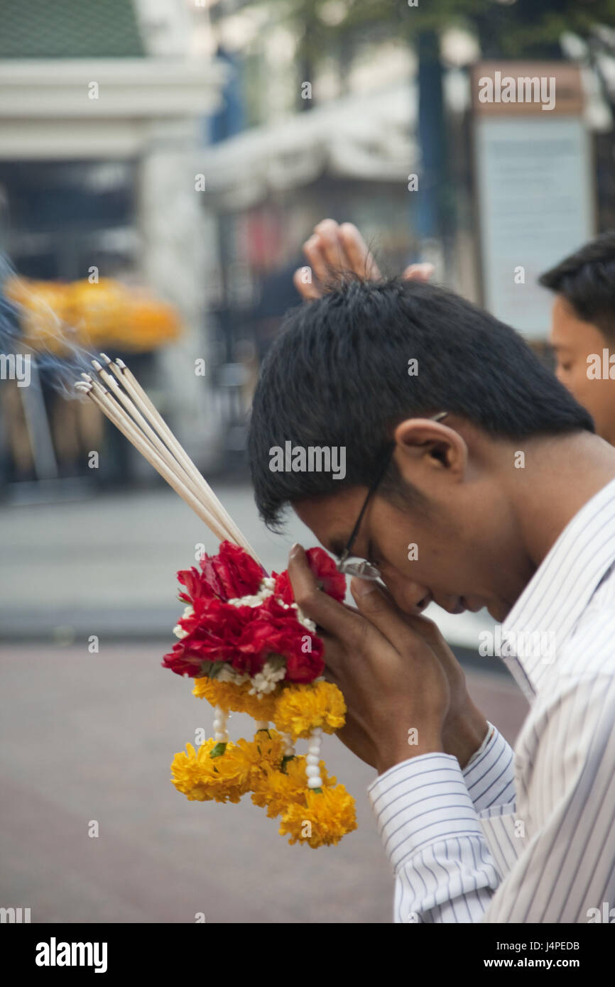 Thailand, Bangkok, Erawan Shrine, believer, pray, - Stock Image