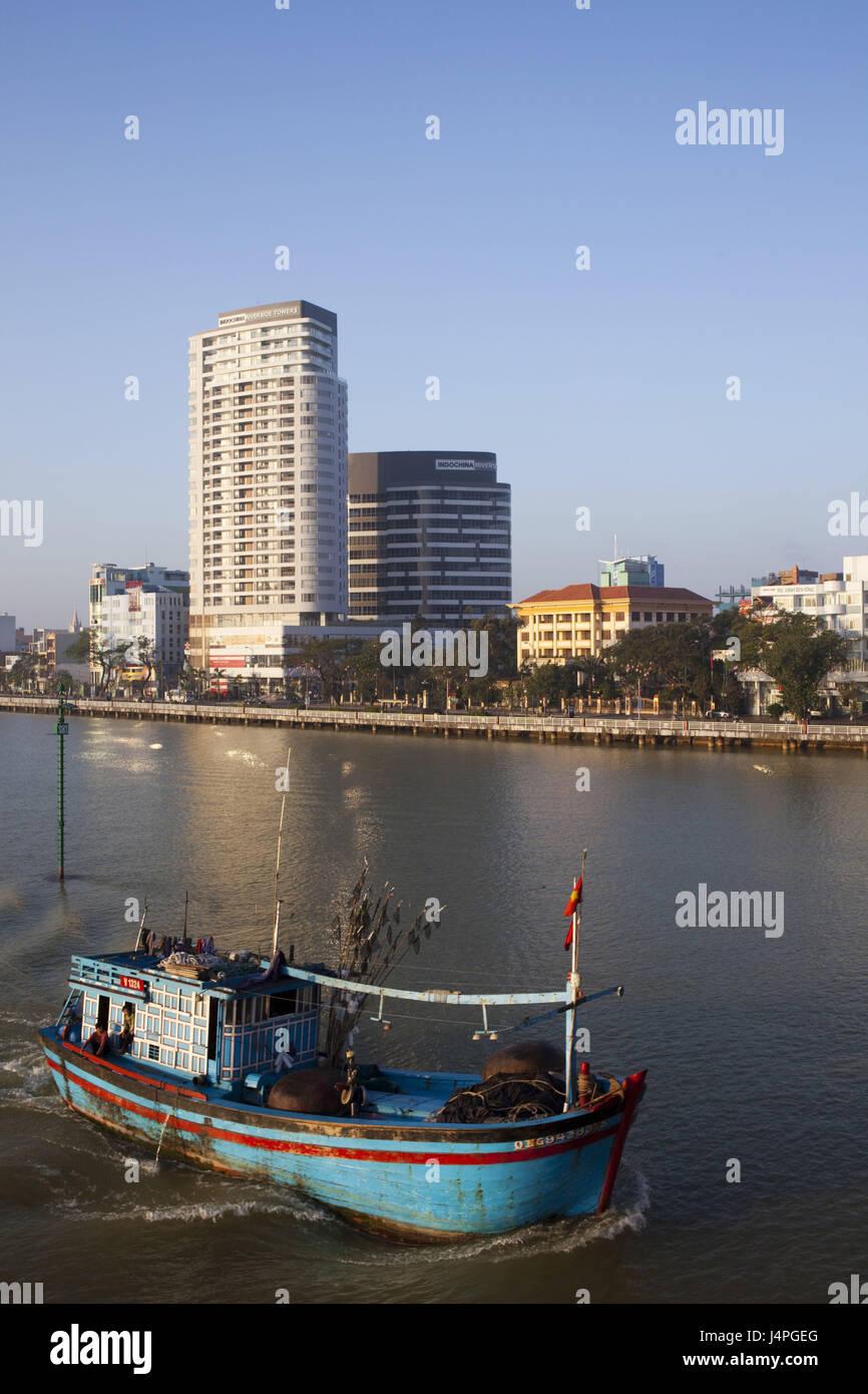 Vietnam, Danang, skyline and Han Fluss, cutter, - Stock Image