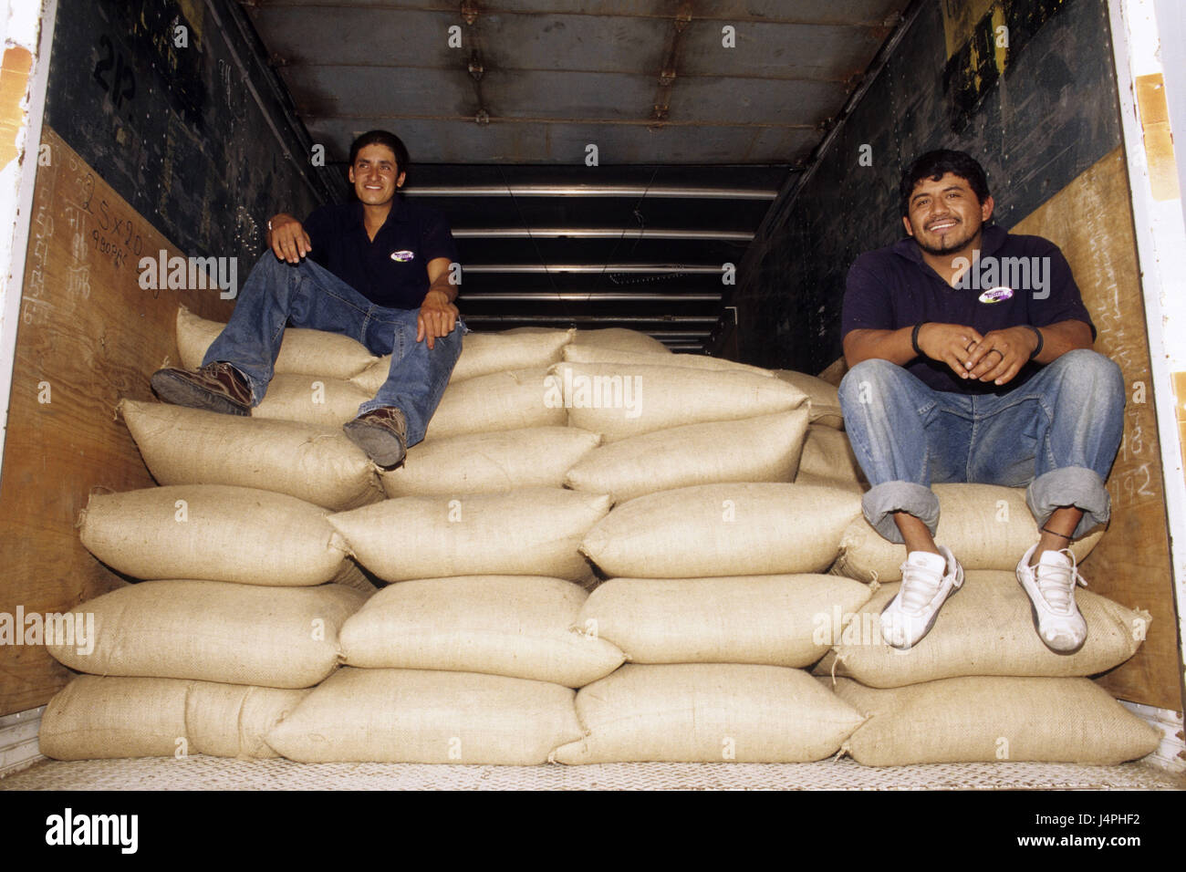 Costa Rica, San Isidro de tablespoons general, men, truck, coffee bags, - Stock Image