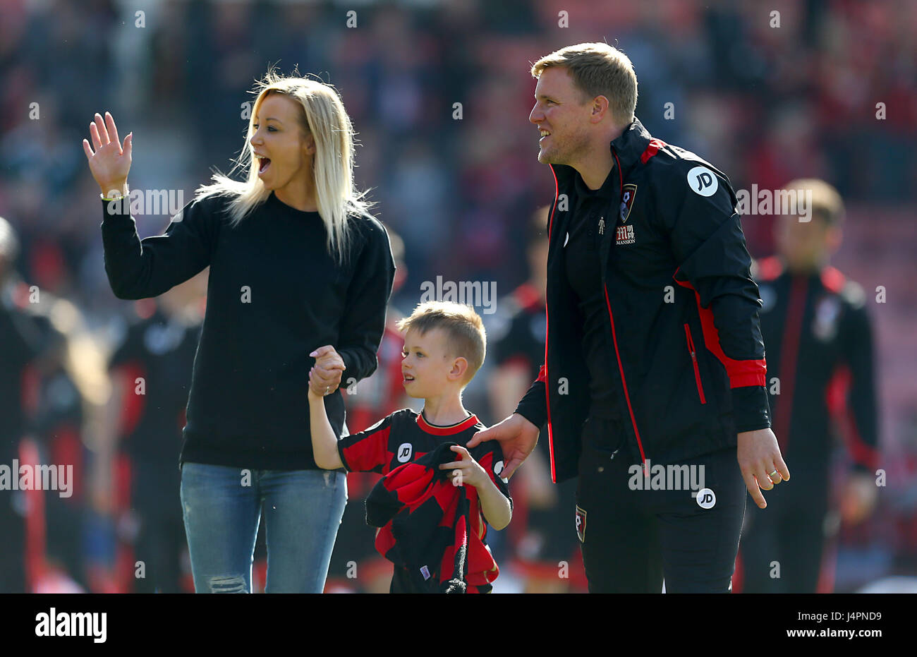 Afc Bournemouth Manager Eddie Howe Celebrates On The Pitch With Wife Stock Photo Alamy