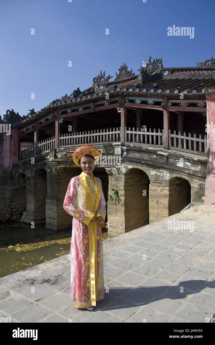 Vietnam, Hoi In, Japanese bridge, Chua Cau, woman, smile, - Stock Image