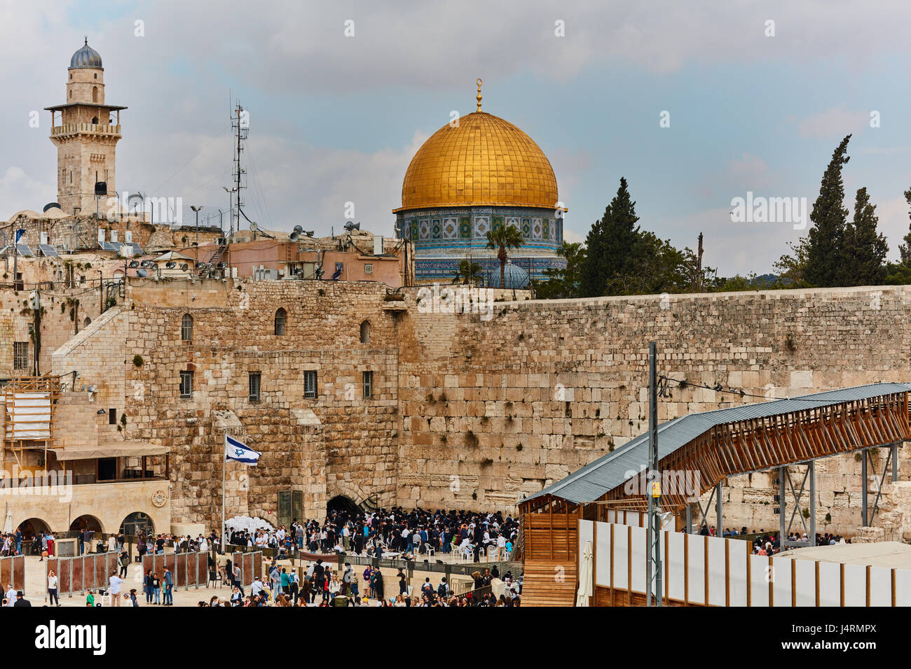 Wailing wall and al aqsa mosque in Jerusalem - Stock Image