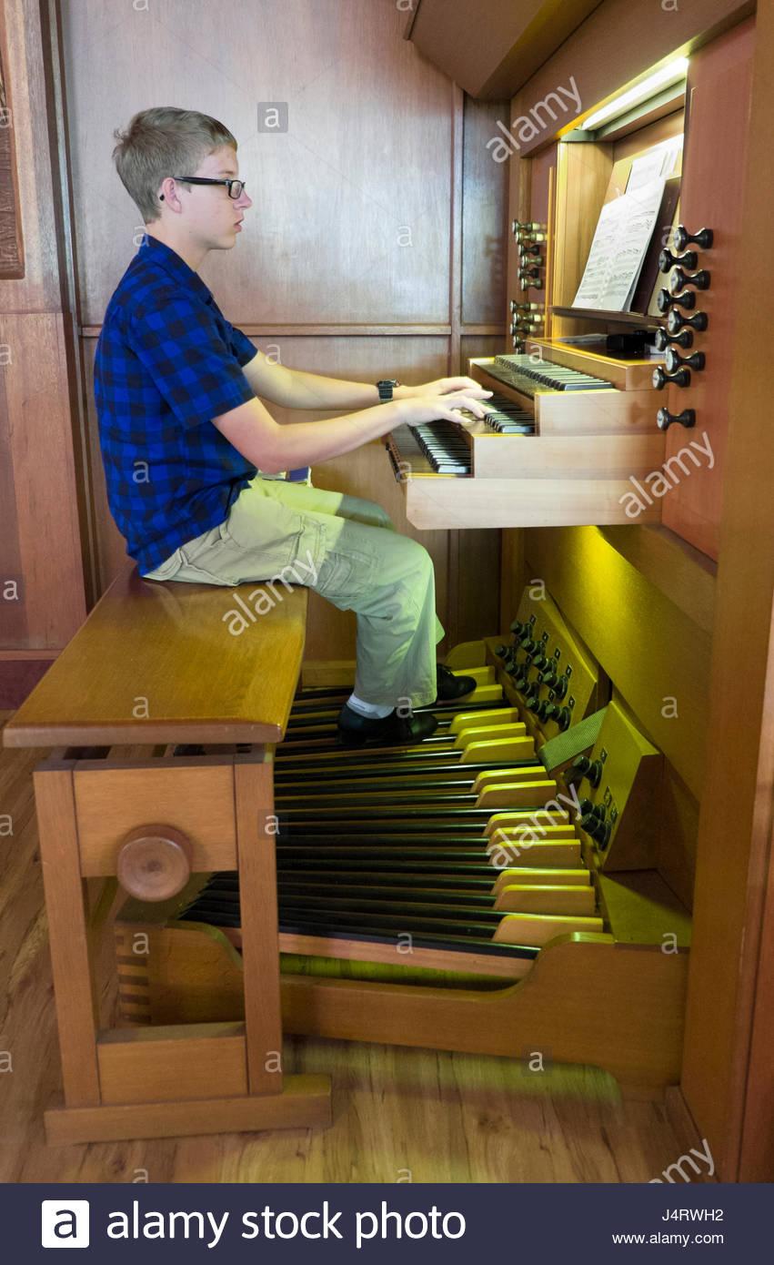Organ Pedals Stock Photos Amp Organ Pedals Stock Images Alamy