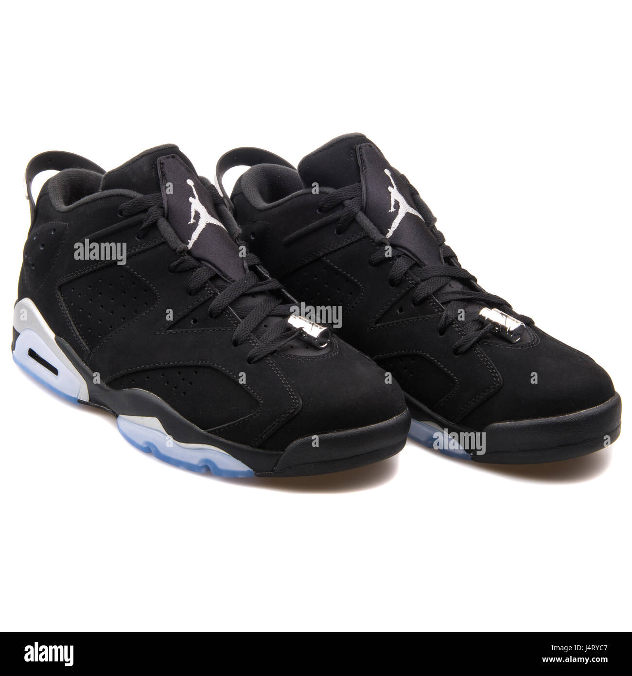 huge selection of 71eb8 d07a5 Nike Air Jordan VI Retro 6 Low Chrome Black Metallic Silver ...