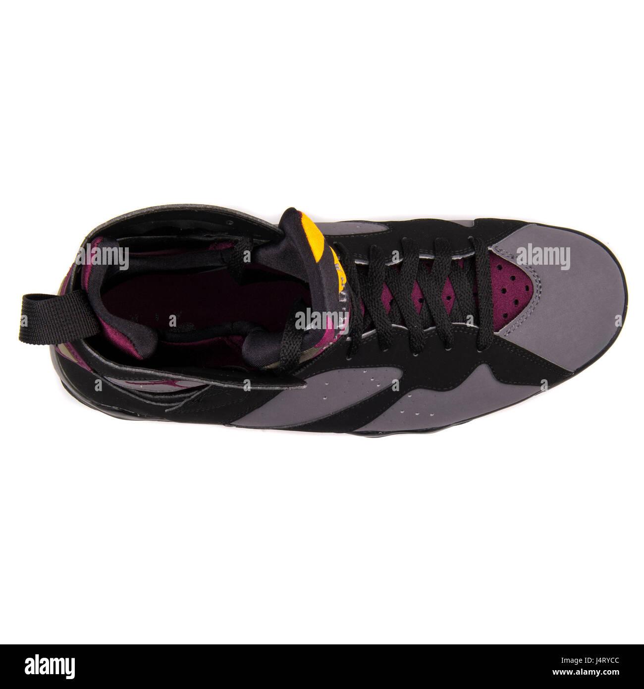new product 9c637 a8ed0 Nike Air Jordan 7 Retro Black Graphite Sneakers - 304775-034 - Stock Image