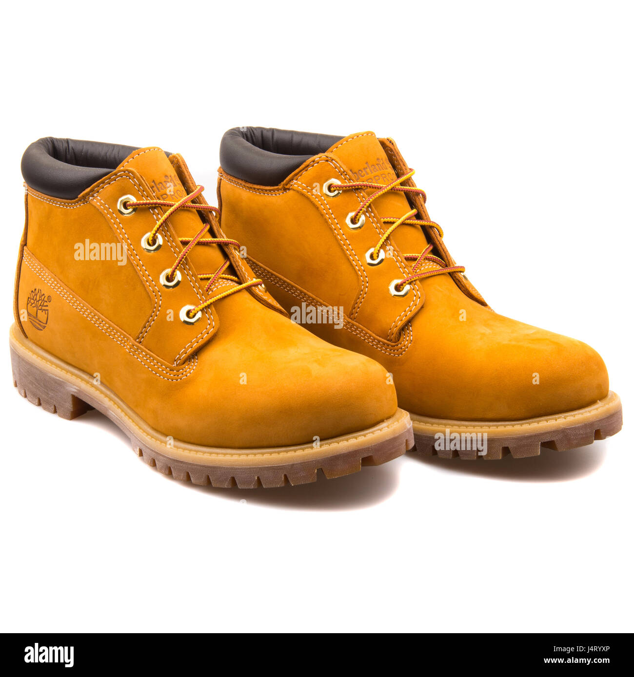 Timberland Men's Anti-fatigue AF Waterproof Heritage Chukka Boots Wheat - 23061 - Stock Image