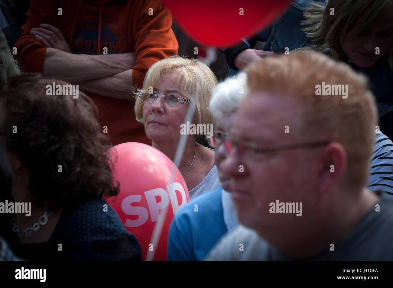 Final campaign rallies for the SPD in the North Rhine-Westphalia state elections in Duisburg, Germany. Martin Shultz - Stock Image
