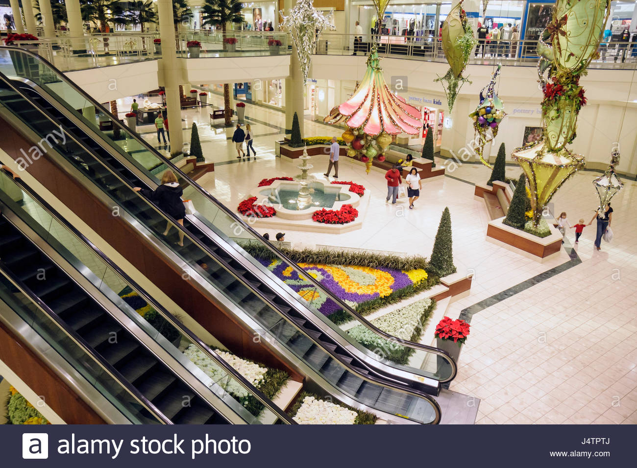 Holiday decoration shopping stock photos holiday - Palm beach gardens mall directory ...