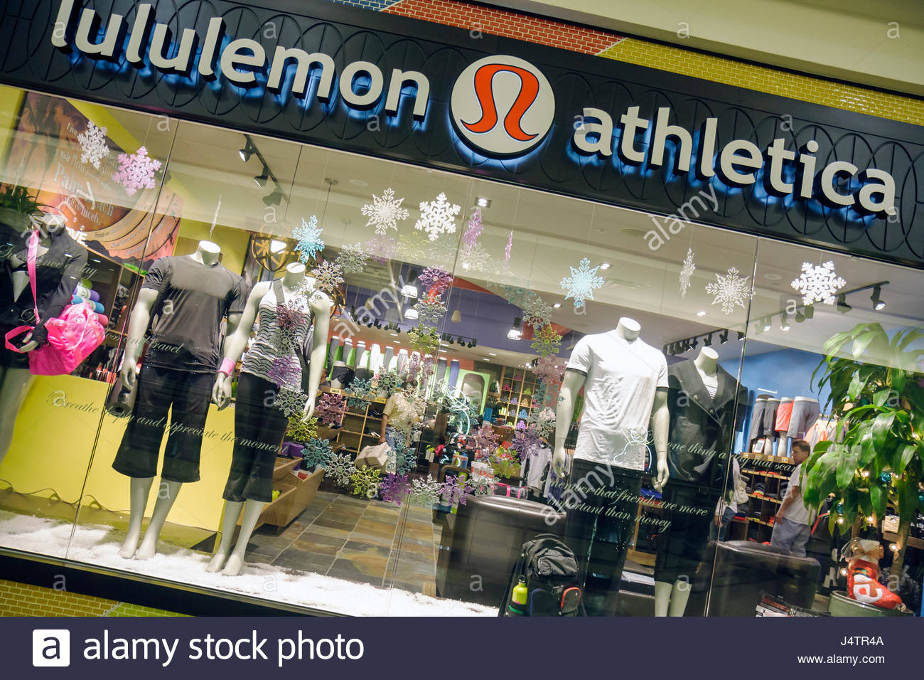 Palm Beach Florida Gardens The Gardens Mall Lululemon Athletica yoga apparel athletic wear exercise clothing store - Stock Image