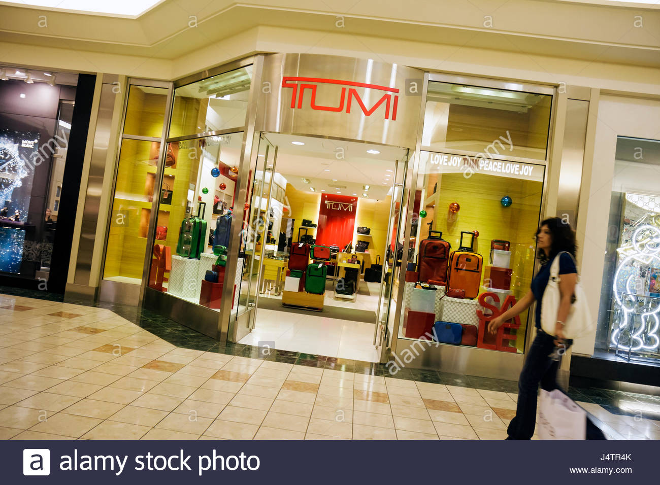 Palm Beach Florida Gardens The Gardens Mall Tumi store business retail shopping high-end luggage brand entrance - Stock Image