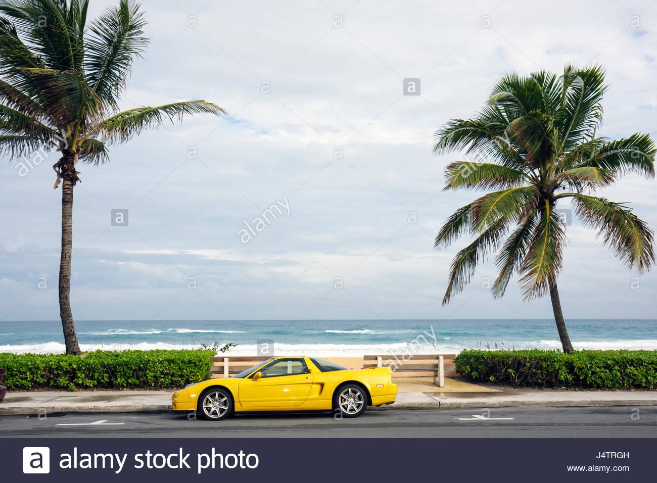 Chevrolet Corvette Beach Stock Photos Amp Chevrolet Corvette