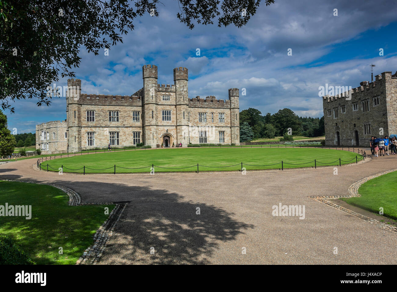 LEEDS CASTLE, KENT, ENGLAND-2nd SEPT 2015:-Leeds castle is situated in Kent, South East England, a perfect backdrop - Stock Image