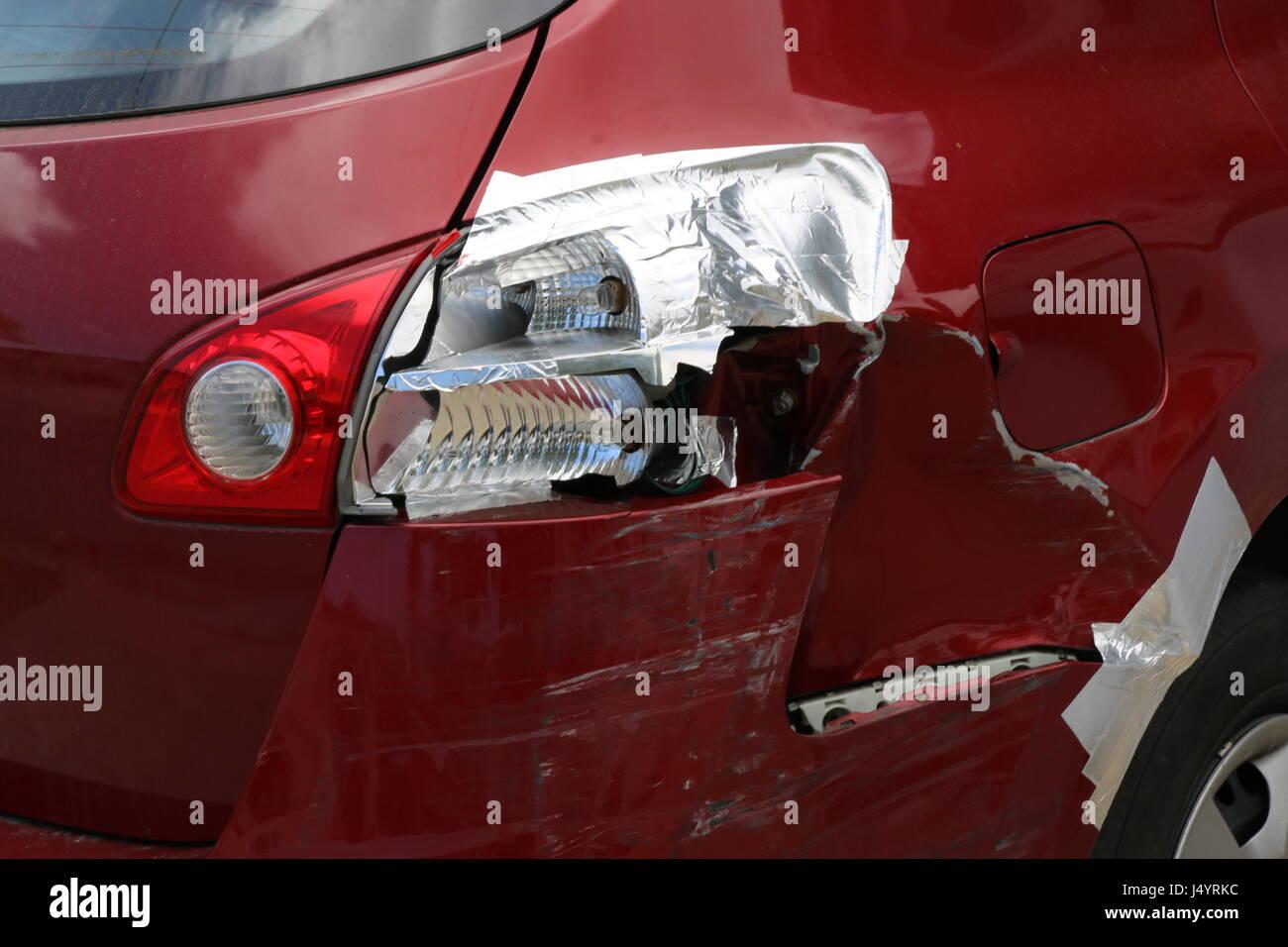 Broken Tail Light Stock Photos & Broken Tail Light Stock Images - Alamy