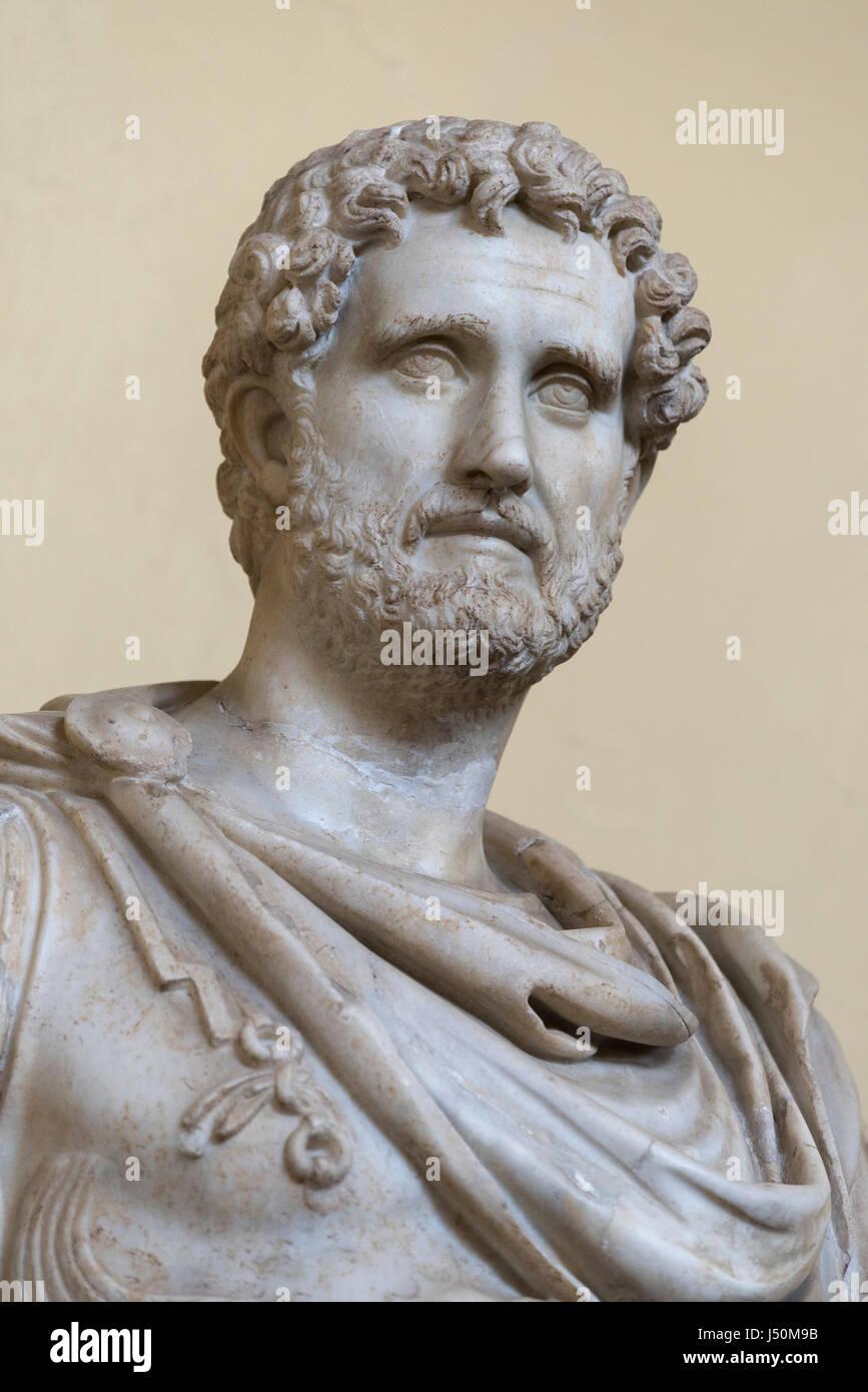 Rome. Italy. Statue of Roman Emperor Antoninus Pius, 2nd century AD, Chiaramonti Museum, Vatican Museums. Musei - Stock Image