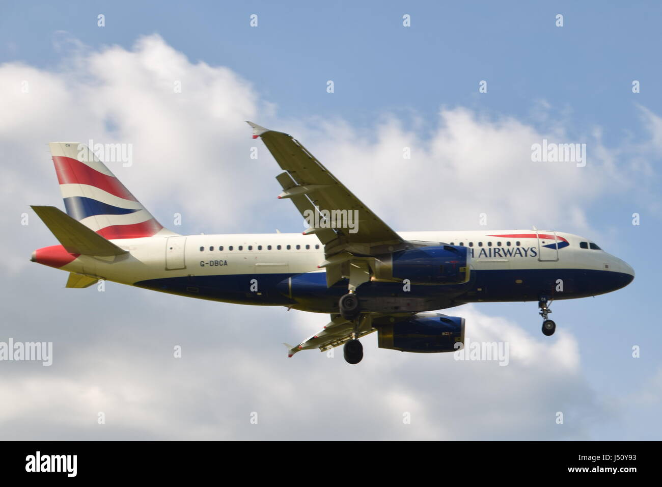 G-DBCA British Airways Airbus A319-100 - cn 2098 on final approach to LGW London Gatwick airport - Stock Image