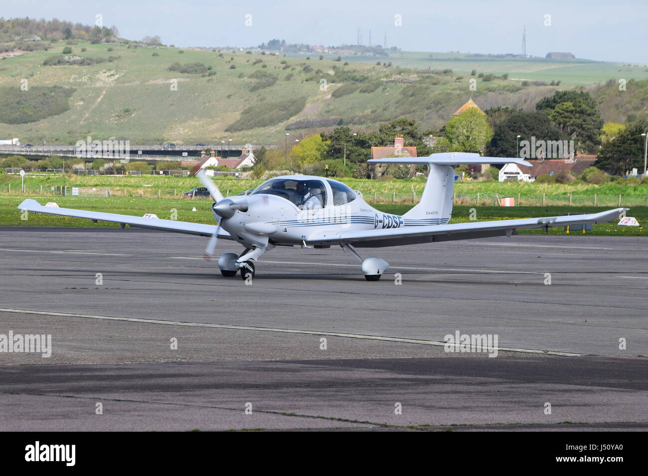 G-CDSF Diamond DA-40 Diamond Star taxiing at Brighton City Airport, Shoreham - Stock Image