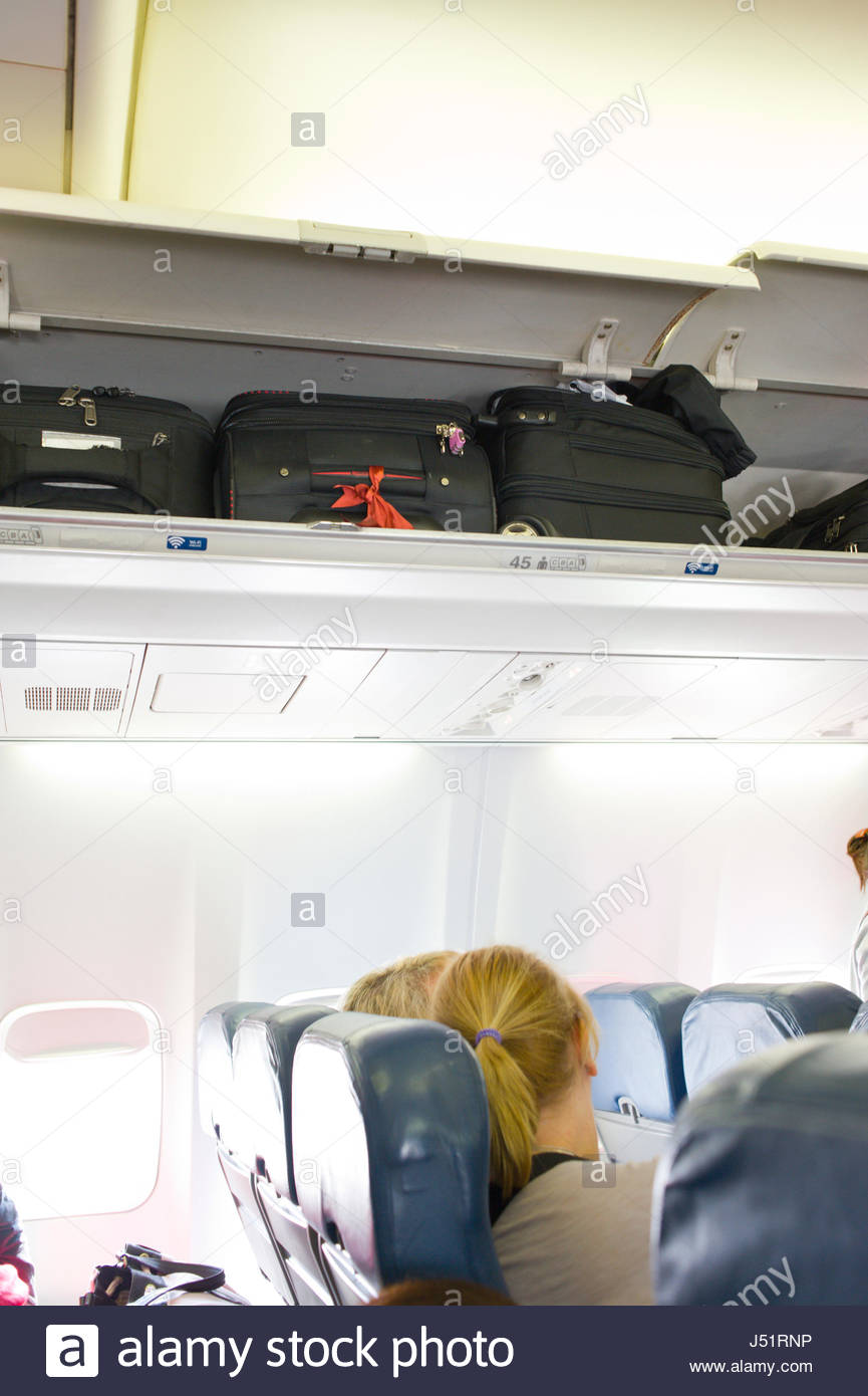 Carryon Luggage Stock Photos Amp Carryon Luggage Stock