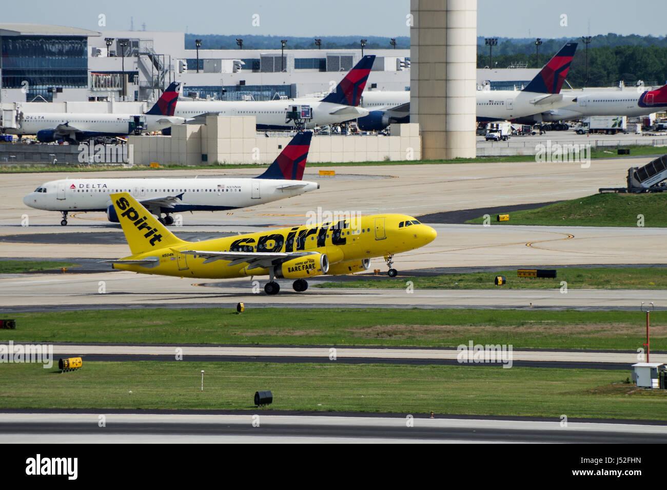 Spirit Airlines Airbus 319-100 taking off in Hartsfield–Jackson Atlanta International Airport - Stock Image