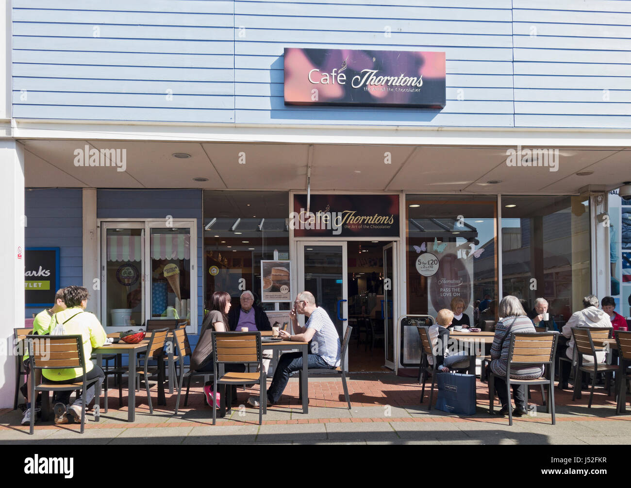 Thorntons café and confectionary shop at Royal Quays shopping outlet, North Shields, UK - Stock Image
