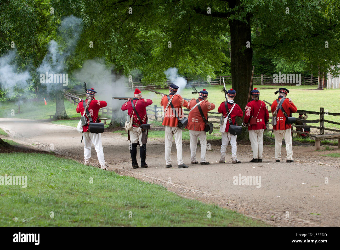 British soldiers during a reenactment of the 18th century  Revolutionary War at Mount Vernon - Virginia USA - Stock Image