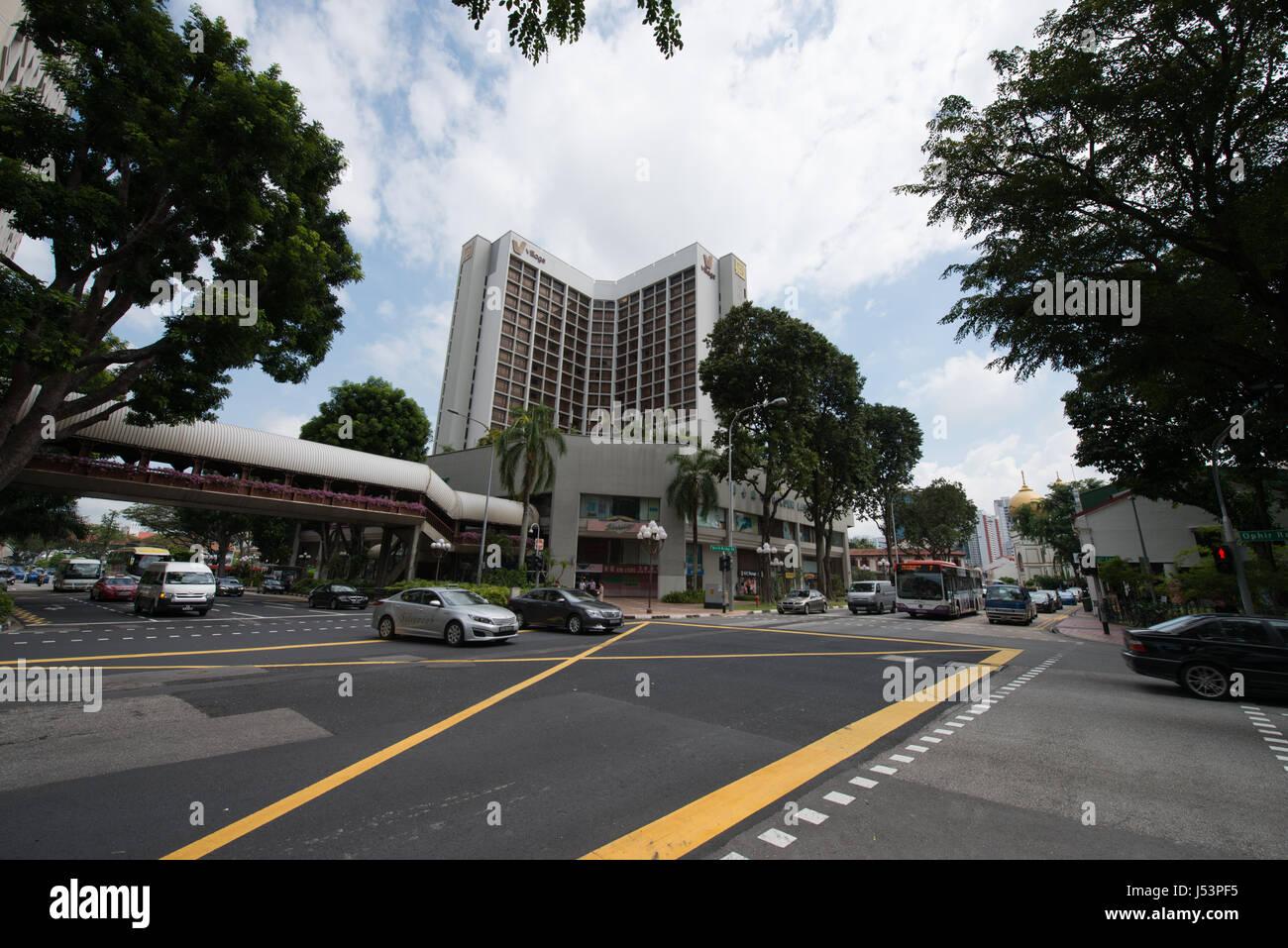 Ordinary street in Singapore - Stock Image