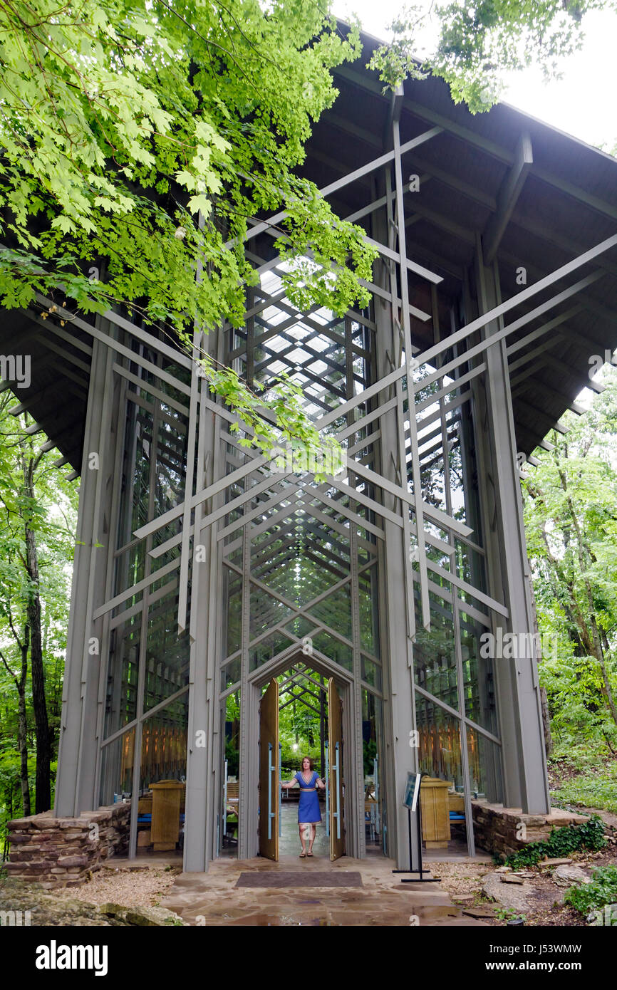 Arkansas Eureka Springs Thorncrown Chapel architect E. Fay Jones design  glass steel woman door woodland